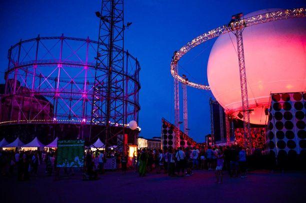 Festareilla nähdään tänäkin vuonna joukko kiinnostavia kotimaisia ja ulkomaisia artisteja.