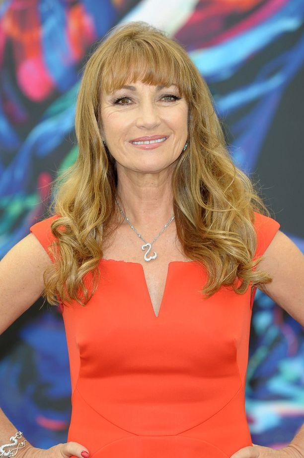Näyttelijätär on aiemmin myöntänyt ottaneensa silikonirinnat kaksospoikiensa syntymän jälkeen vuonna 1995.
