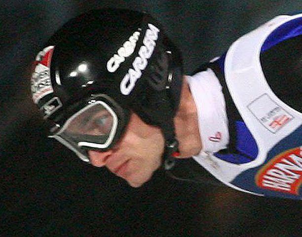 Wolfgang Loizl otti viimein ensimmäisen mc-voittonsa Zakopanessa.