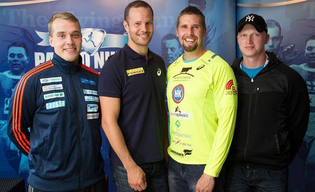 Ari Mannio (vas.) kilpailee Turussa yhdessä Tero Pitkämäen, Antti Ruuskasen ja Teemu Wirkkalan kanssa.