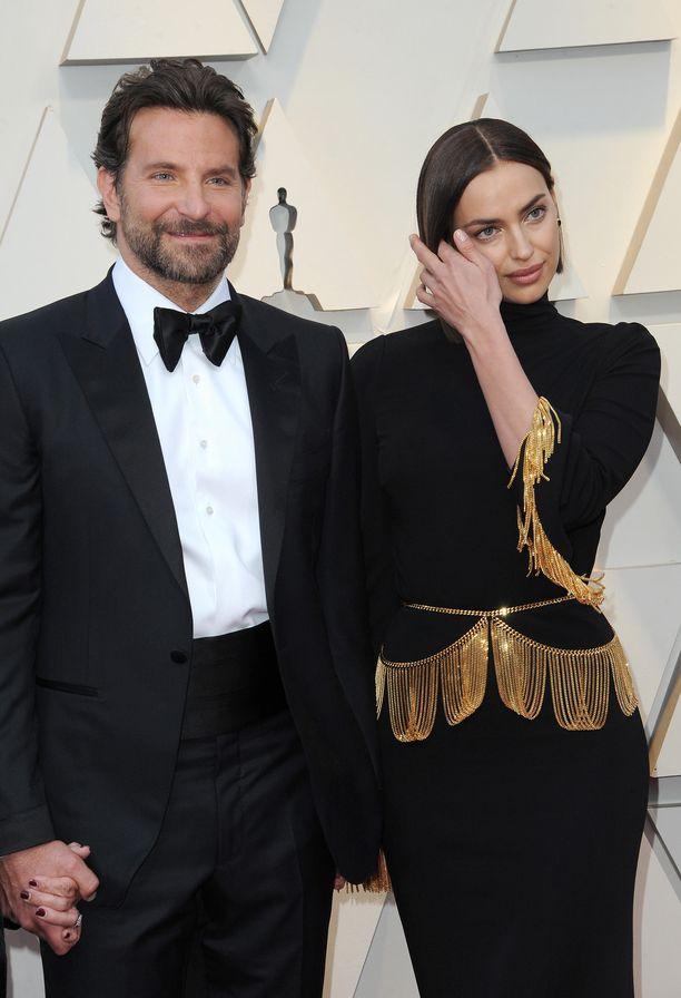 Bradley Cooperin ja Irina Shaykin esikoistytär syntyi vuonna 2017.