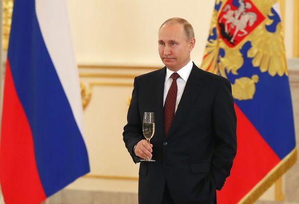 Vladimir Putin tapasi 17 maan suurlähettiläät Kremlissä keskiviikkona.