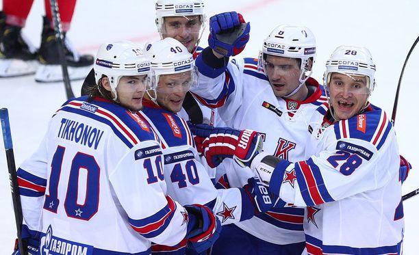 KHL-kauden avausottelu oli SKA:n juhlaa.