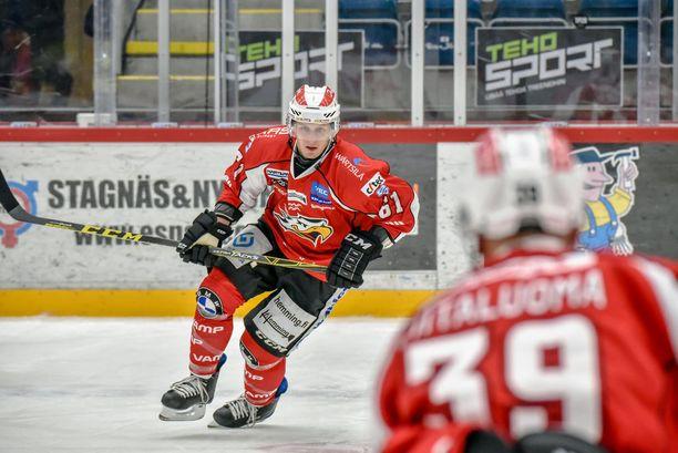 Kauden avausmaali ei juuri lohduttanut Sportin Joonas Vihkoa.