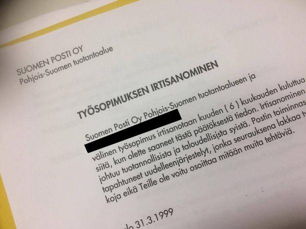 Muun muassa tämä dokumentti löytyi roskien seasta.
