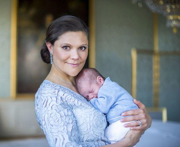 Kruununprinsessa Victorian toinen lapsi prinssi Oscar syntyi maaliskuun alussa.