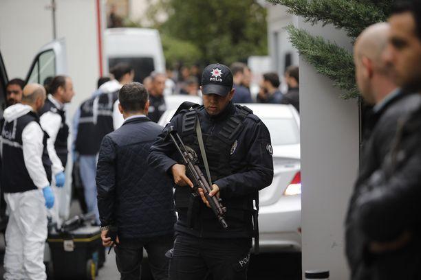 Turkin poliisi tutki saudikonsulin asunnon keskiviikkona.
