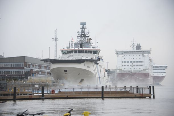 Risteilylaivat voivat myöhästyä aikatauluistaan myrskyn vuoksi.