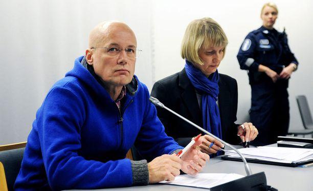 Väitetyt uhrit olivat iäkkäitä ihmisiä, joita Esa Laiho hoiti Lahdessa tai Helsingissä vuosina 2004–2011.