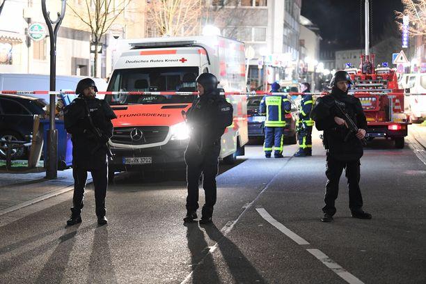 Yhdeksän ihmistä kuoli Saksassa ampumahyökkäyksessä vesipiippubaareissa.