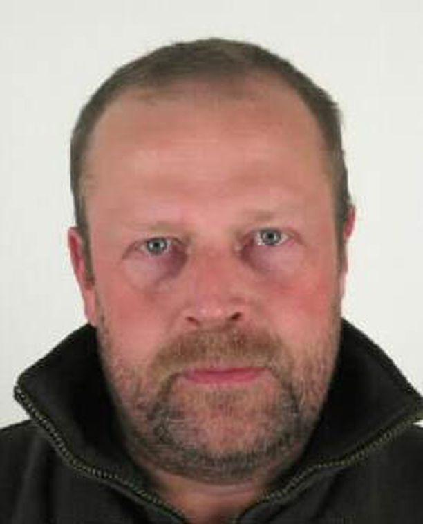 Poliisi julkaisi kuvan etsintäkuulutetusta Seppäsestä.