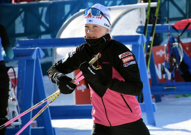 Kaisa Mäkäräinen harjoitteli tiistaina Östersundissa.