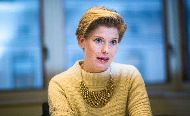 Aktian pääekonomistin Heidi Schaumanin mukaan Suomella ei ole varaa siihen, ettei hallituksen sisällä päästä sopuun.