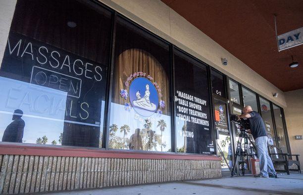 Floridalaisen hierontaketjun epäillään tarjonneen prostituutiopalveluita.