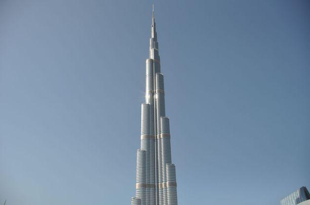 Huikean korkea Burj Khalifa.