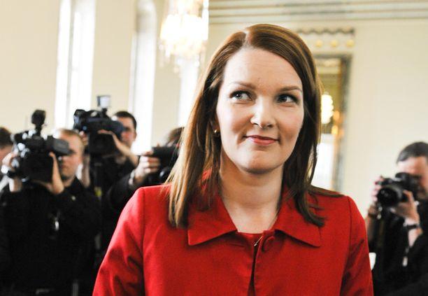 Mari Kiviniemi vierailee pääministerikautensa alkajaisiksi naapurimaissa.