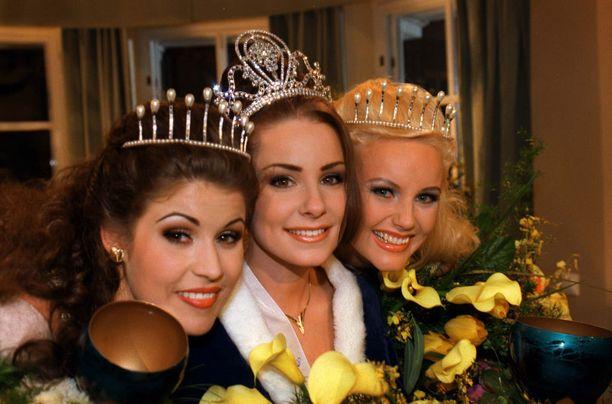 Kuvassa Karita Miss Suomi -vuotenaan 1997.