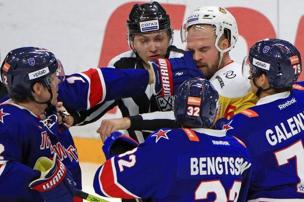 Pietarin SKA ja Jokerit taistelevat Bobrov-divisioonan voitosta.