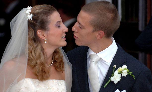 Tessyn ja Louisin häitä juhlittiin vuonna 2010 Gilsdorfin kirkossa.