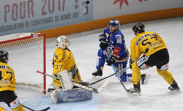 Sebastian Ylönen tähyää korkeammalle.