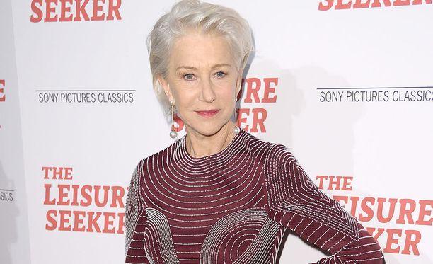 72-vuotias Helen Mirren luuli olevansa 73.