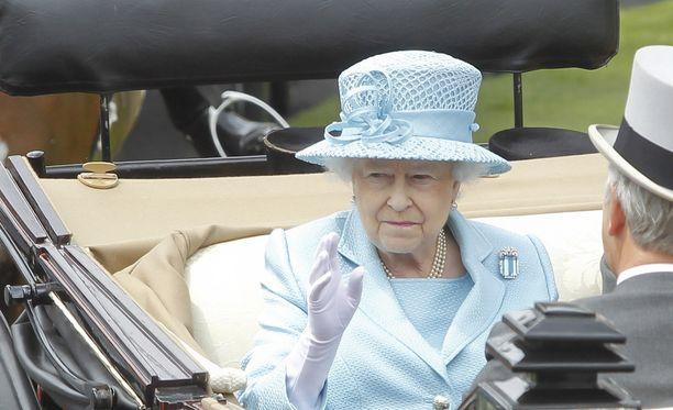 Kuningatar Elisabet sai tällä viikolla suru-uutisen.
