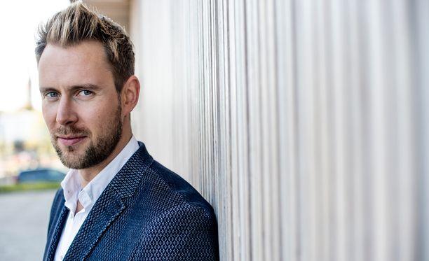 Waltteri Torikka, 31, on oopperalaulaja ja äänialaltaan baritoni.