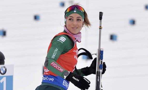 Lisa Vittozzi voitti Pyeongchangin olympialaisissa sekaviestin pronssia, mutta tällä kaudella menestystä on tullut myös henkilökohtaisissa kisoissa.
