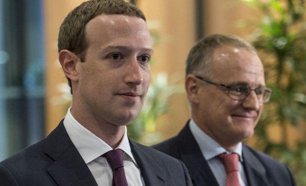 Zuckerberg yritti aluksi vältellä EU-parlamentin kuulemista lähettämällä paikalle jonkun apulaisjohtajistaan.