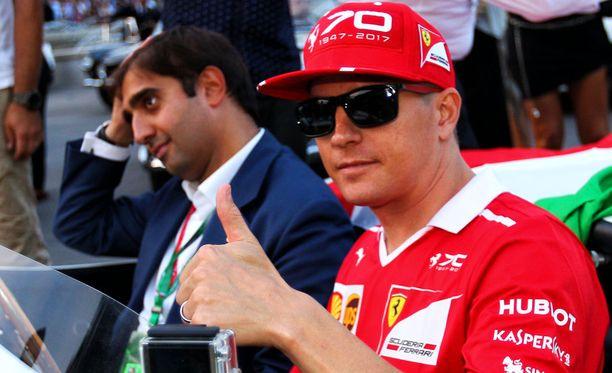Kimi Räikkönen jatkaa Ferrarilla.