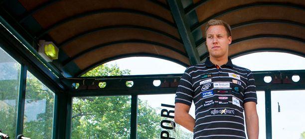 Matti Mattson nautti huomionosoituksista rauhallisesti.