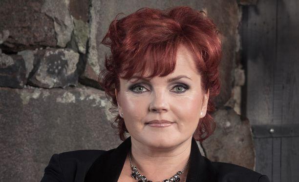 Jean S -yhtyeen uusi laulusolisti on Nina Tapio.