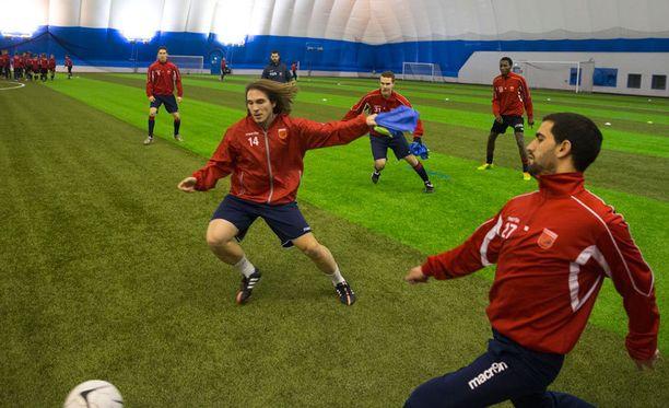 Legirus Inter harjoittelee huippuolosuhteissa.
