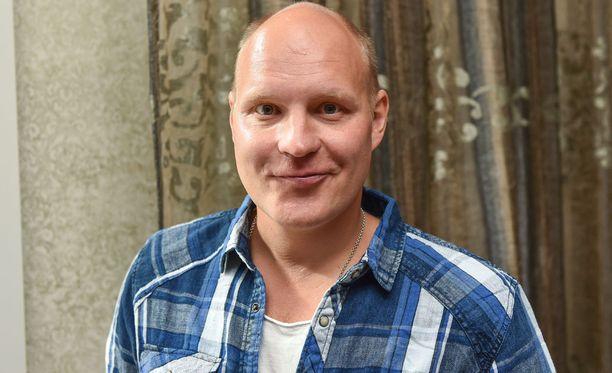 Kalle Palander laihtui kesän aikana kymmenen kiloa varsin kyseenalaisella dieetillä.