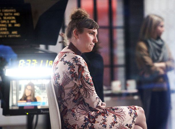 Lena Dunhamin luoma Girls-sarjaa on kutsuttu uuden sukupolven Sinkkuelämääksi. Yhteistä sarjoille on se, että ne ovat jättäneet väistämättä jälkensä kulttuuriimme.