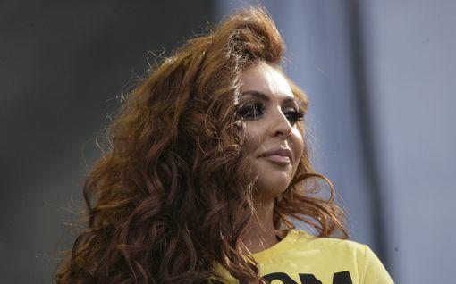 """Little Mix -yhtyeen jättänyt Jesy Nelson paljastaa lähtönsä syyt: """"En voi uskoa, miten kurjaksi tunsin oloni"""""""