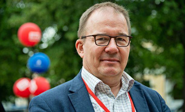 Suojelupoliisin päällikkö Antti Pelttari toivoo, että uusi tiedustelulainsäädäntö saadaan voimaan mahdollisimman pian,