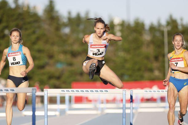 Viiv Lehikoinen voitti torstaina Espoossa ajalla 56,17.