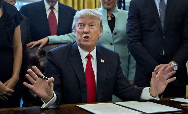 Donald Trumpin odotetaan nimittävän tuomariksi jonkun konservatiivisen oikeusoppineen, jolloin vanhoillisilla olisi oikeudessa enemmistö.
