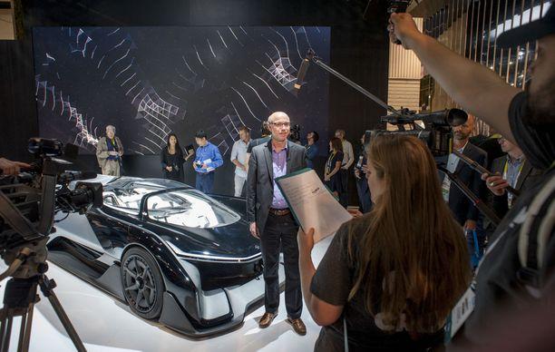 Autopuolella Faraday Future esitteli sähköautoaan vuosi sitten.