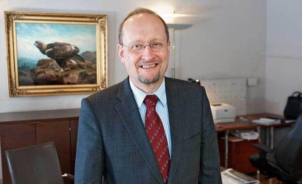 Keskustalainen Esa Härmälä sanoo, että puolueen sisältä ja muista puolueista on tullut paljon tukea.