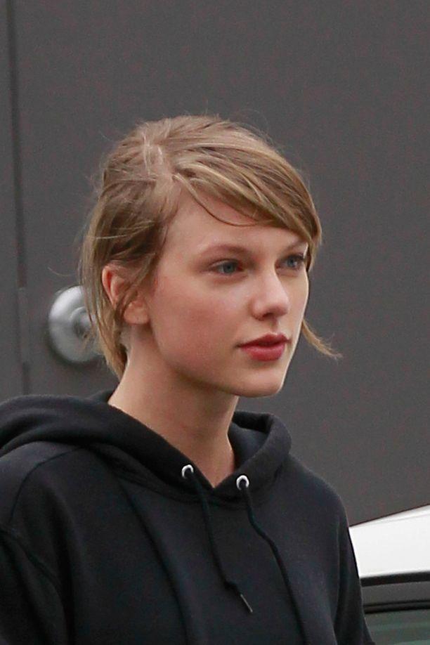 Taylor Swift bongattiin maanantaina Hollywoodista salireissulta.
