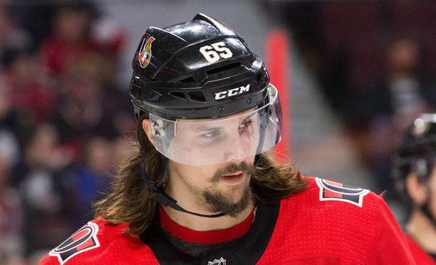 Erik Karlsson on vielä melko nuori - mutta on niitä junnumpiakin.