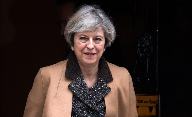 Theresa May on luvannut antaa virallisen ilmoituksen eroamisneuvottelujen aloittamisesta maaliskuun loppuun mennessä.