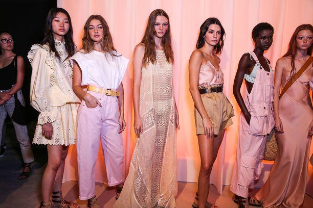 Gigi Hadid, Kendall Jenner ja muut huippumallit ovat hiustrendien suunnannäyttäjiä.