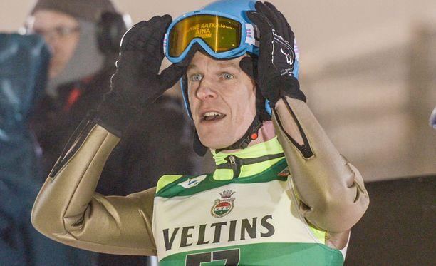 Toni Nieminen toivoo pääsevänsä koehyppääjäksi Lahden MM-kisoihin.