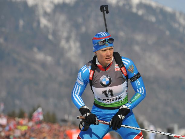 Venäläinen ampumahiihtäjä Olga Zaitseva on voittanut mitalin kolmessa eri olympialaisissa, tosin viimeisin, Sotšin viestihopea, hylättiin myöhemmin. Kuva vuodelta 2012.