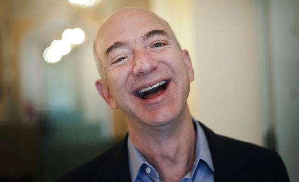 Maailman rikkain on Forbesin listauksessa tänä vuonna yhdysvaltalainen Amazon.com-verkkokaupan perustaja ja toimitusjohtaja Jeff Bezos.