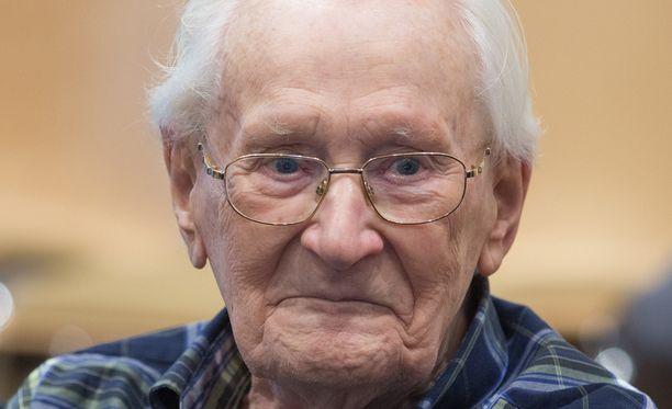 Oskar Gröningiä vastaan nostetut syytteet koskivat vuoden 1944 touko-heinäkuuta.
