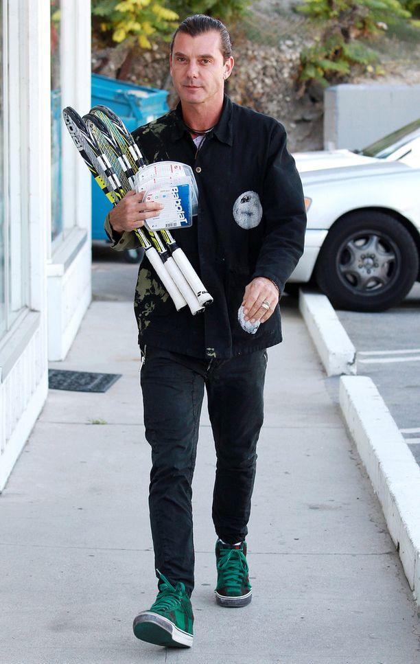 Gavin Rossdale kuvattiin viime viikolla vihkisormus sormessaan.
